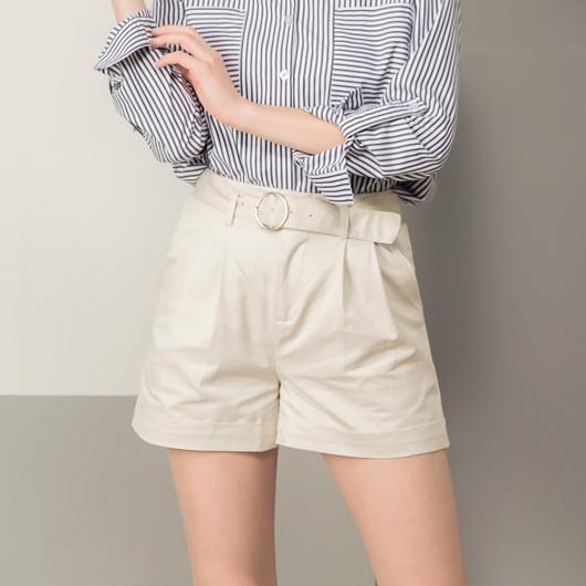 完美比例高腰釦環短褲