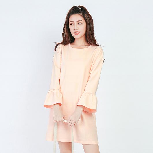 淘氣美媚素色喇叭袖棉質洋裝