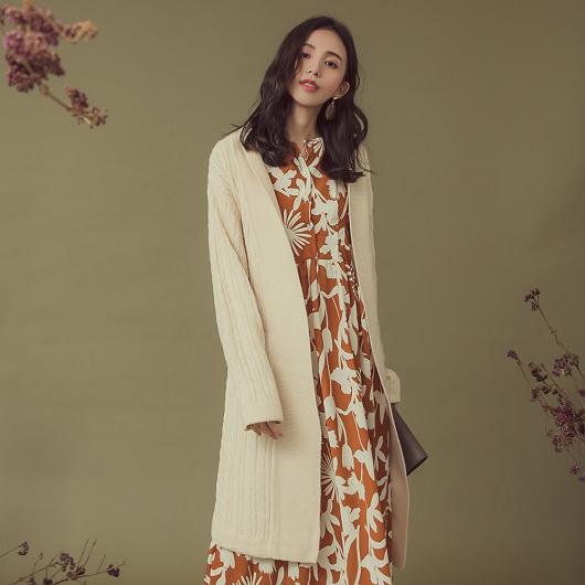 慵懶時髦麻花織紋長版針織外套