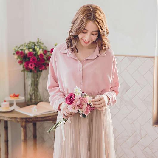 春氛自然輕柔純色兩件式蕾絲背心襯衫