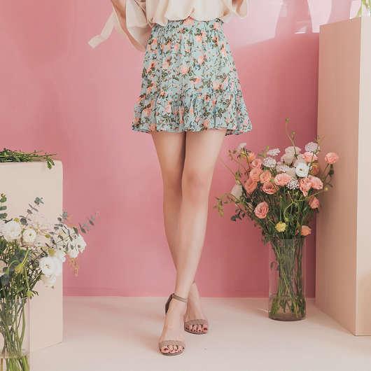 YOCO-漫步花叢滿版花朵後腰鬆緊雪紡短裙