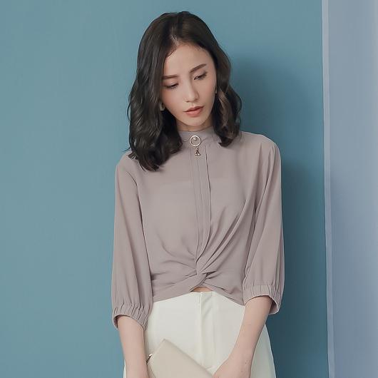 KODZ-高雅氣質珍珠裝飾短版扭結上衣