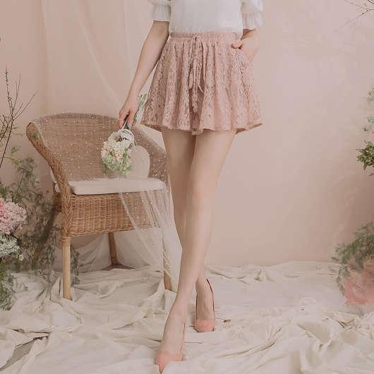 YOCO-古典浪漫蕾絲雕花綁帶褲裙