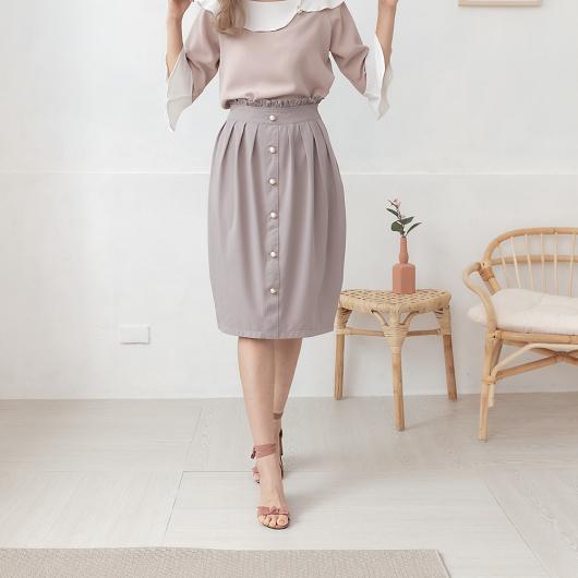 YOCO-優雅氣質珍珠排釦花苞中長裙