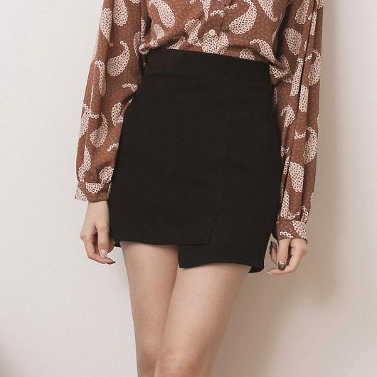甜美日系一片式絨布A字短裙
