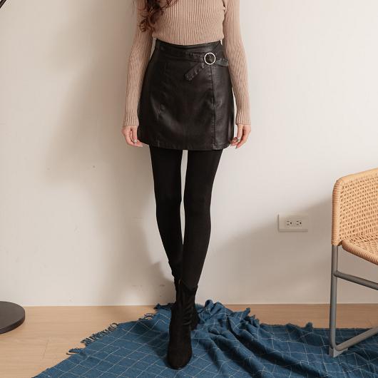 率性中甜美造型釦雙口袋A字皮裙/短裙