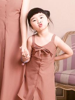 酷琪琪聯名甜美氣質蝴蝶結細肩帶洋裝-童-橘紅