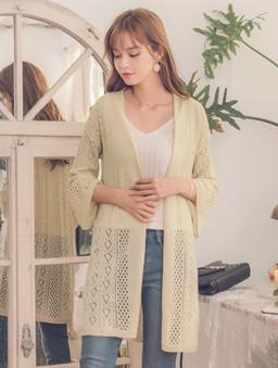 柔美淡雅簍空針織長袖罩衫-杏