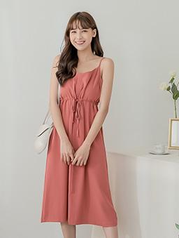 tokichoi-好感直升甜美腰綁帶細肩帶多色洋裝-磚紅