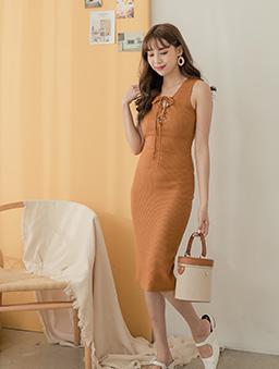 性感修身多色綁帶設計無袖洋裝-棕