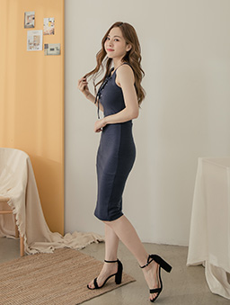 性感修身多色綁帶設計無袖洋裝-深藍