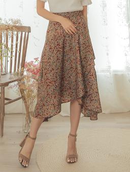 YOCO-氣質優雅小碎花後鬆緊不規則長裙-杏