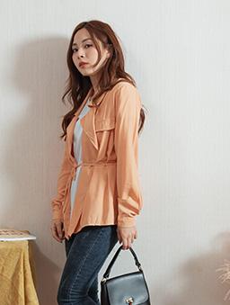 微甜好感V領雙排釦附綁帶外套/上衣-橘