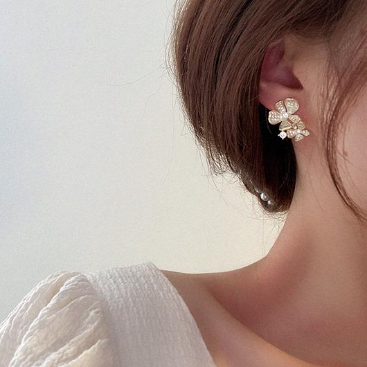 925銀針清晨的花香不對稱耳環