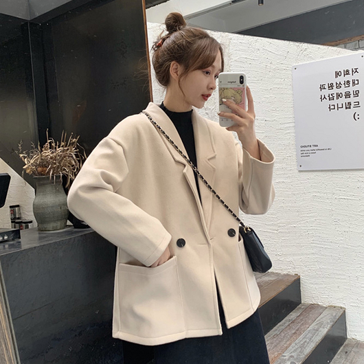簡約純色寬版短大衣外套