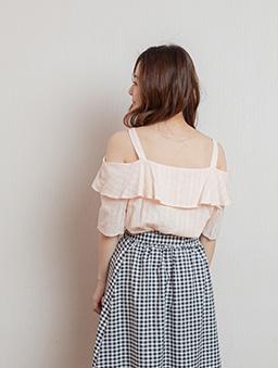 純純的愛荷葉領細肩帶露肩上衣-粉色