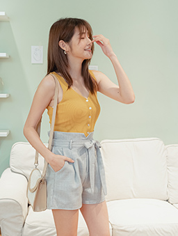 夏日甜甜多色雙V領排釦坑條小背心/上衣-芥末黃