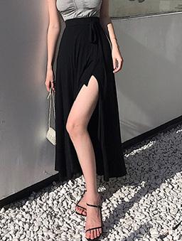 性感破表腰綁結側開衩長裙-黑