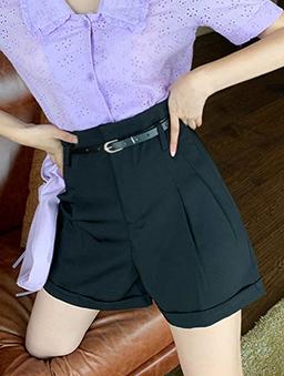 魅力四射打褶設計反褶短褲-黑