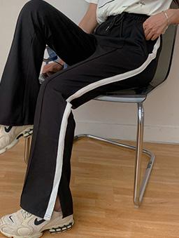 率性長腿側邊開衩休閒長褲-黑