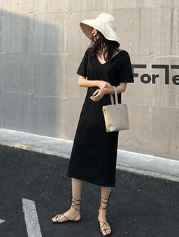 韓系慵懶後背交叉休閒V領洋裝-黑