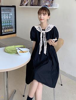 俏皮女孩圓弧剪裁寬鬆版娃娃洋裝-黑