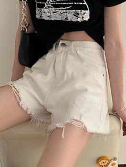 非你莫屬多色水洗刷破鬚邊牛仔短褲-白色