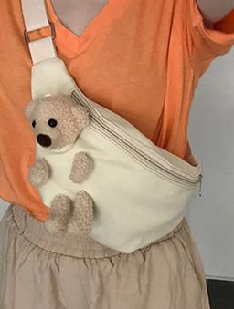 可愛元素毛絨小熊可拆造型腰包-米白