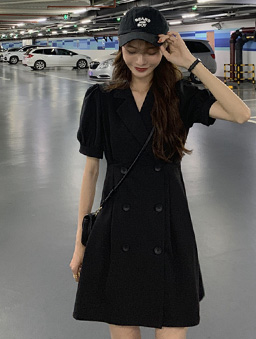 復古少女雙排釦西裝領收腰洋裝-黑
