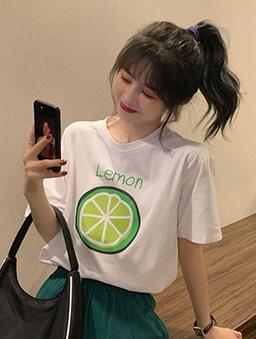 酸酸甜甜檸檬切片舒適寬版印花T/上衣-白色