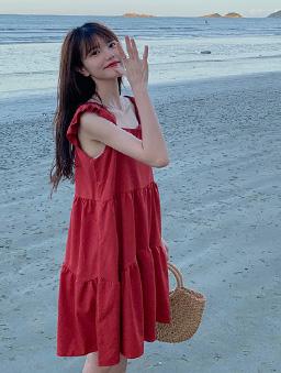 盛夏祭典多色層次感荷葉肩帶洋裝-紅
