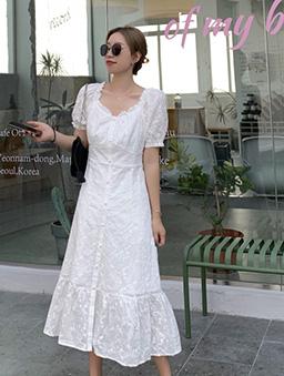 優雅女伶繡花蕾絲剪接露肩收腰洋裝-白色