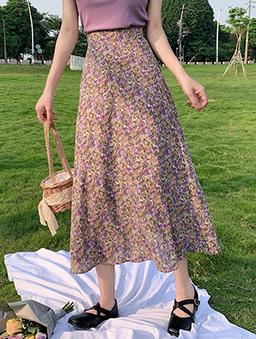 花園散步小碎花高腰傘襬A字裙-紫