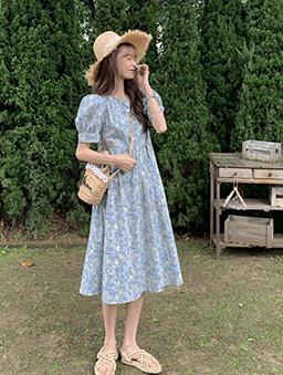 輕甜小碎花公主袖高腰洋裝-藍
