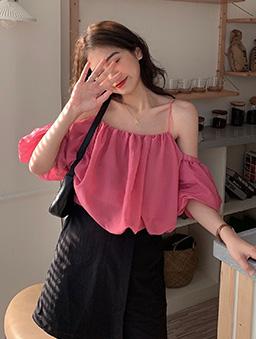 多色甜美細肩帶一字領雪紡上衣-粉色