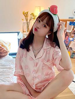 蜜桃女孩絲光睡衣居家服-粉色