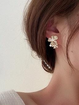 925銀針清晨的花香不對稱耳環-金
