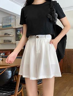 多色百搭垂墜感西裝短褲-白色