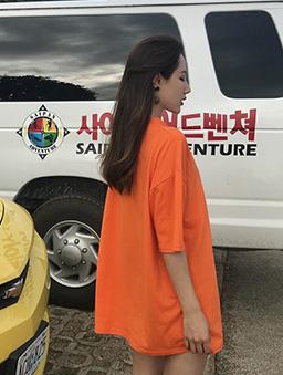 多色男友風純色寬版T/上衣-橘