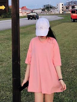 多色男友風純色寬版T/上衣-粉色