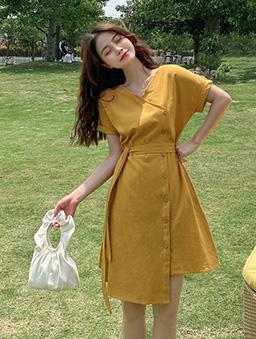 法式側排釦收腰洋裝-黃