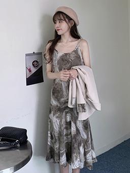 水墨暈染雲紋吊帶洋裝-咖啡