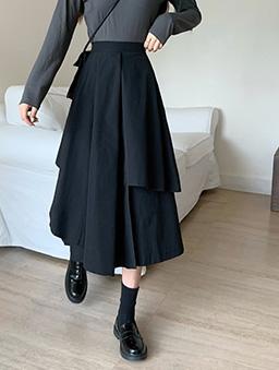 不規則氣質傘襬中長褲裙-黑