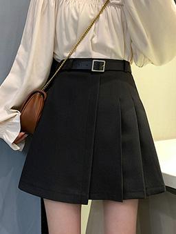 不對稱造型百褶裙(附腰帶)-黑