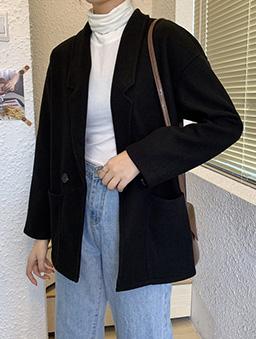 簡約純色寬版短大衣外套-黑