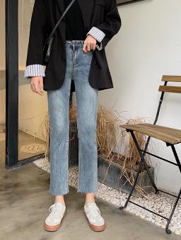 復古年代貼腿牛仔九分褲-藍