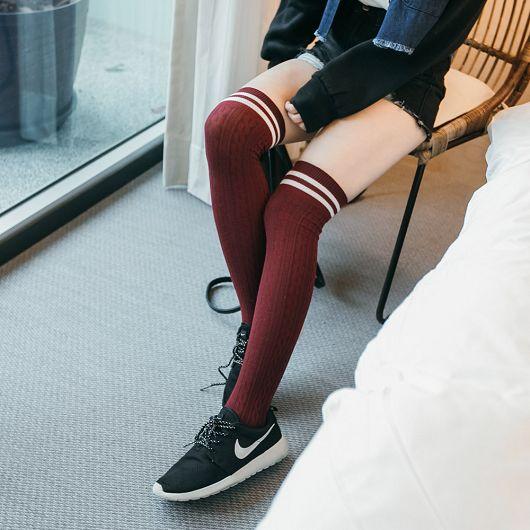 雙橫條麻花紋膝上襪