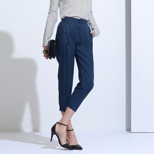 時尚女孩立體打褶剪裁九分棉料褲