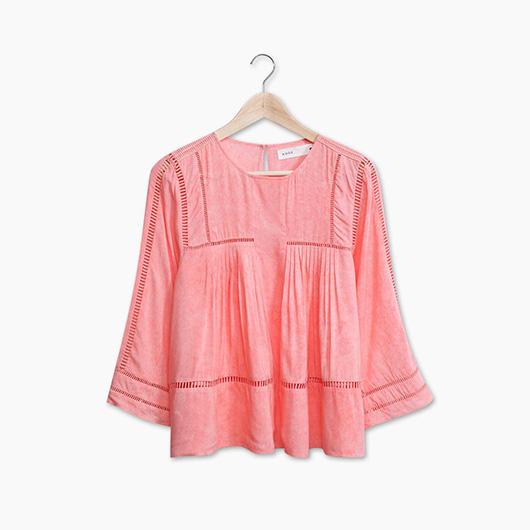 KODZ-鏤空織帶拼接棉質上衣