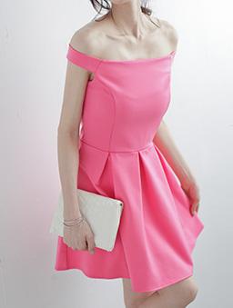 知性魅力立體打褶素色一字領洋裝-粉色